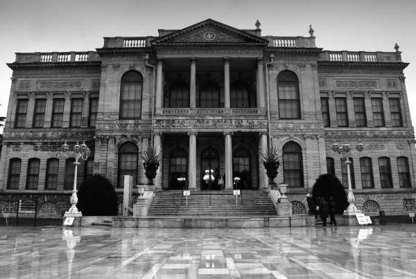Dolmabache-palace.jpg